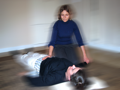 Anna Fra giving a Shiatsu session